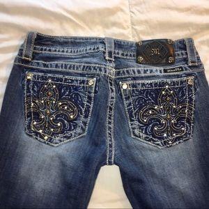 Miss Me Jeans, Fleur de Lis Pocket Detail